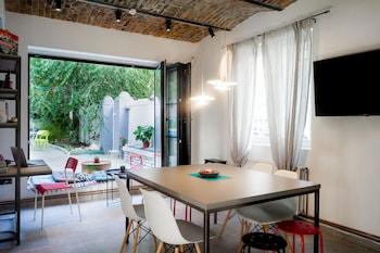 Belgrad bölgesindeki Good People Design Hostel resmi