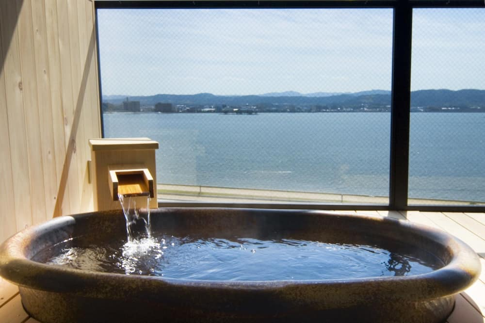 Deluxe Japanese Style Room For 2 People - Bathroom