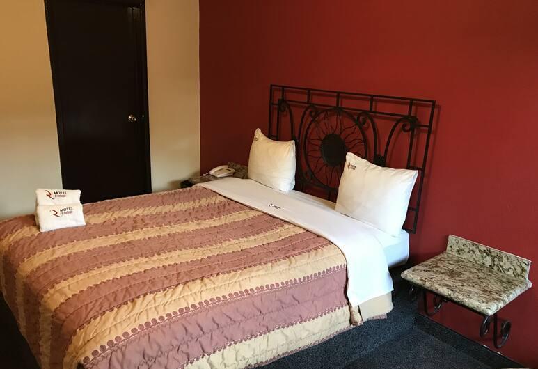 Hotel El Refugio, Tijuana, Classic Room, 1 Queen Bed, Guest Room