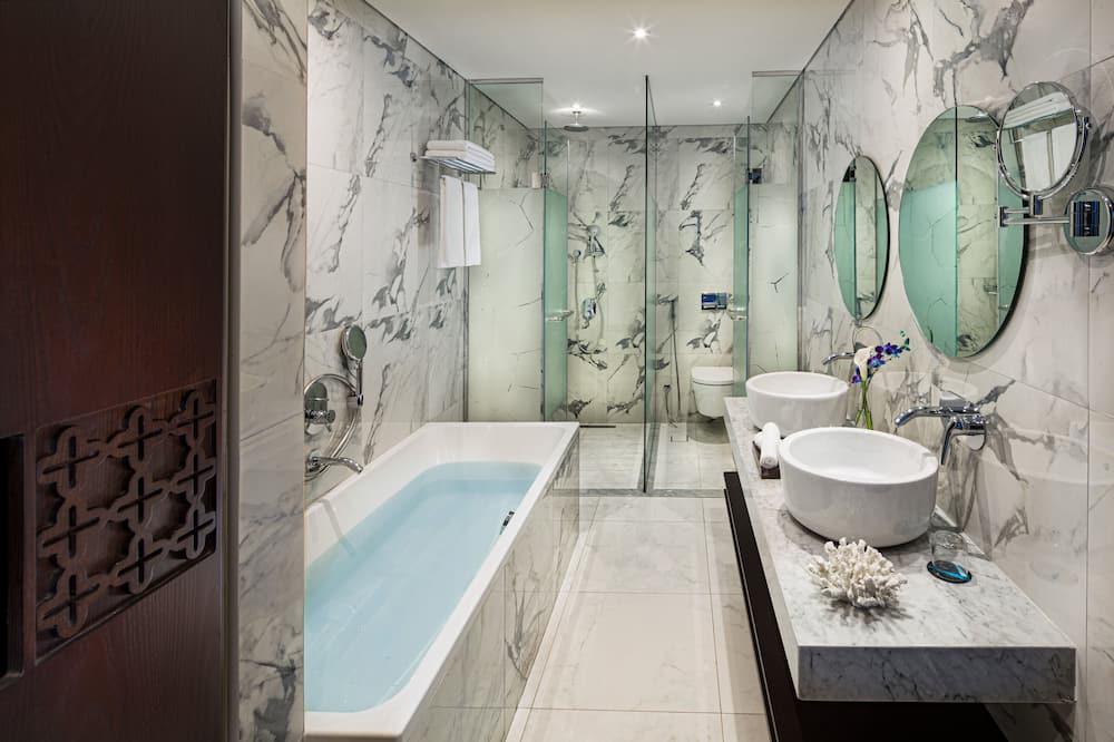 Suite Exécutive, balcon - Salle de bain