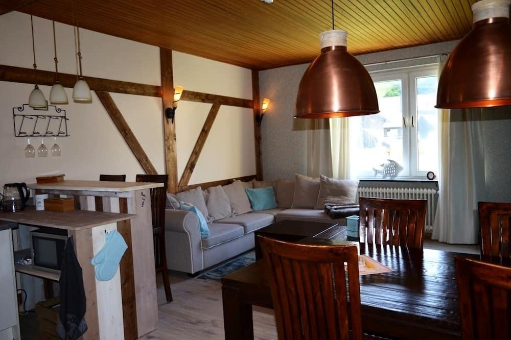 Comfort-lejlighed - 1 kingsize-seng - ikke-ryger (Großbach) - Spisning på værelset