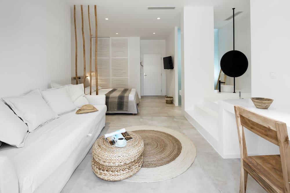 Premier Suite, Hot Tub (Indoor) - Living Area