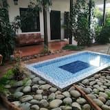 Utomhuspool