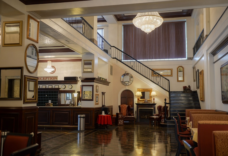 The Mountaineer Hotel, Williamson, Lobby
