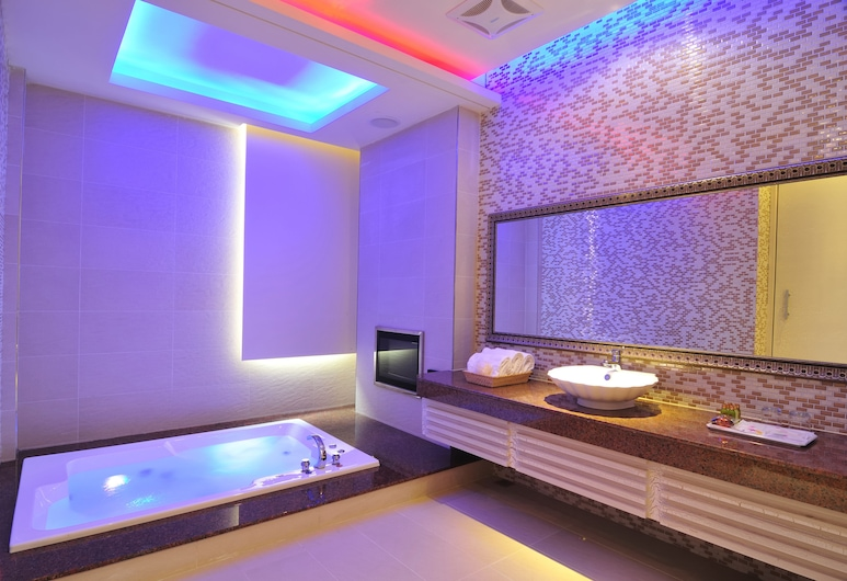 One + One Motel, Taoyuan City, Chambre Quadruple Familiale, Chambre