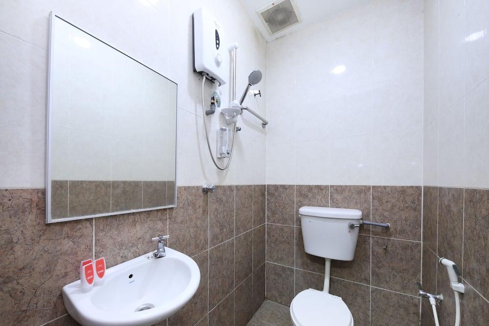 Phòng đôi Superior, Nhiều giường - Phòng tắm