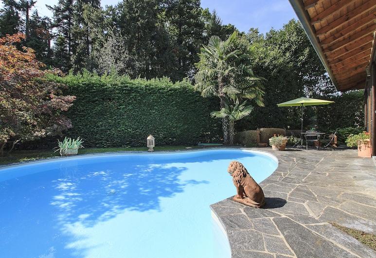 Villa Biganzolo, Verbania, Āra baseins