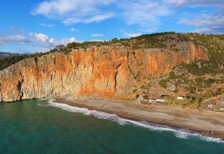 Delfin Otel, Gazipasa, Beach