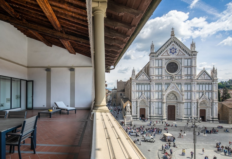 Loggia Santa Croce, Firenca