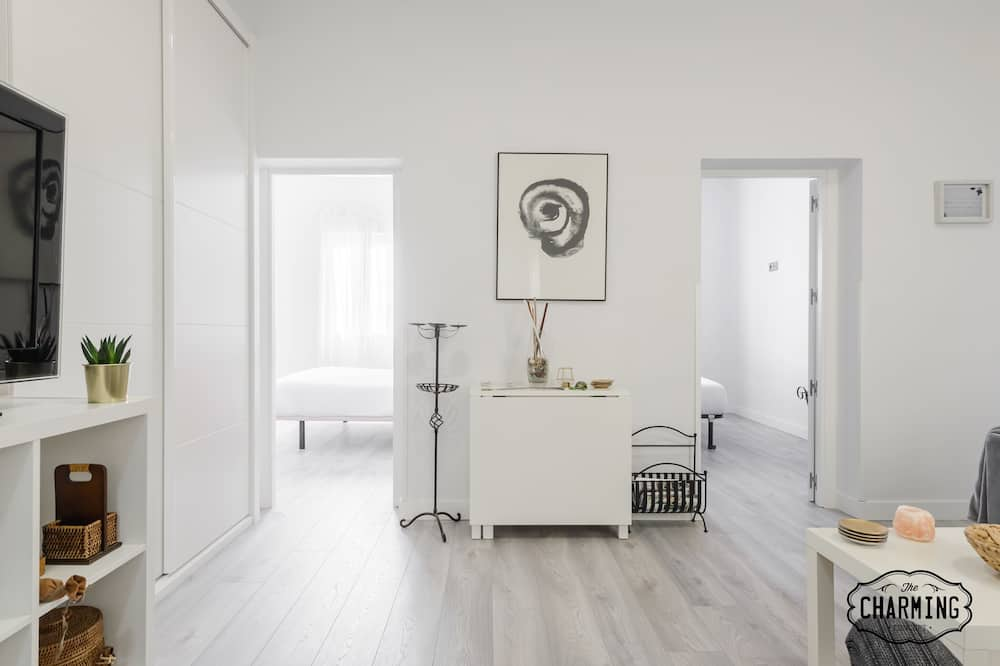 شقة - ٣ غرف نوم - غرفة معيشة