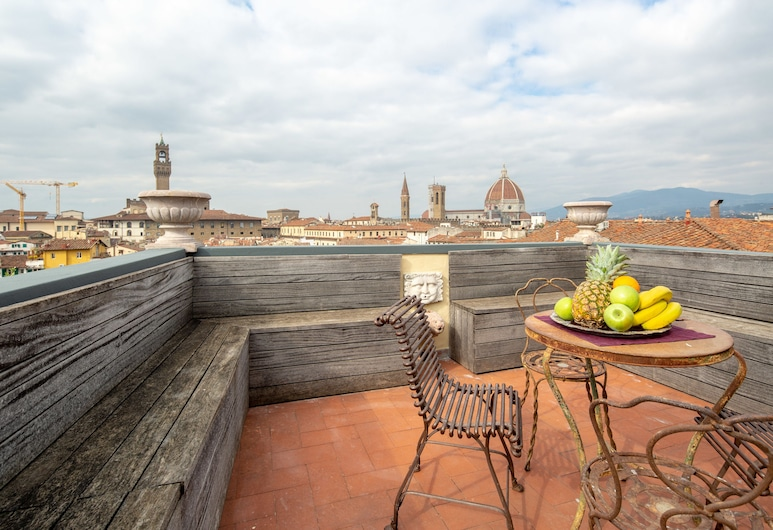 Luxury Panoramic Terrace, Florence, Luxury Apartment, 3 Bedrooms, City View, Terrace/Patio