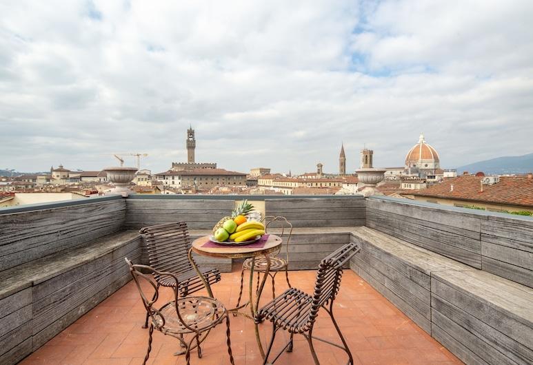Luxury Panoramic Terrace, Florence