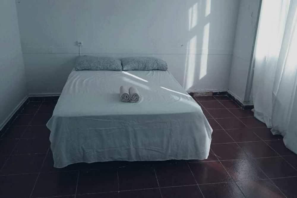 Pokój dwuosobowy, wspólna łazienka (3) - Powierzchnia mieszkalna