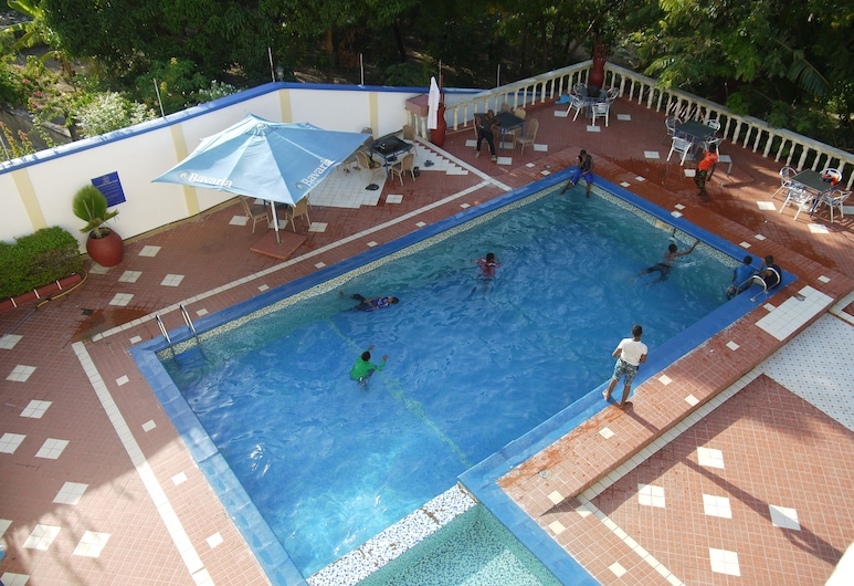 Nyumbani Hotels & Resorts, Tanga, Εξωτερική πισίνα