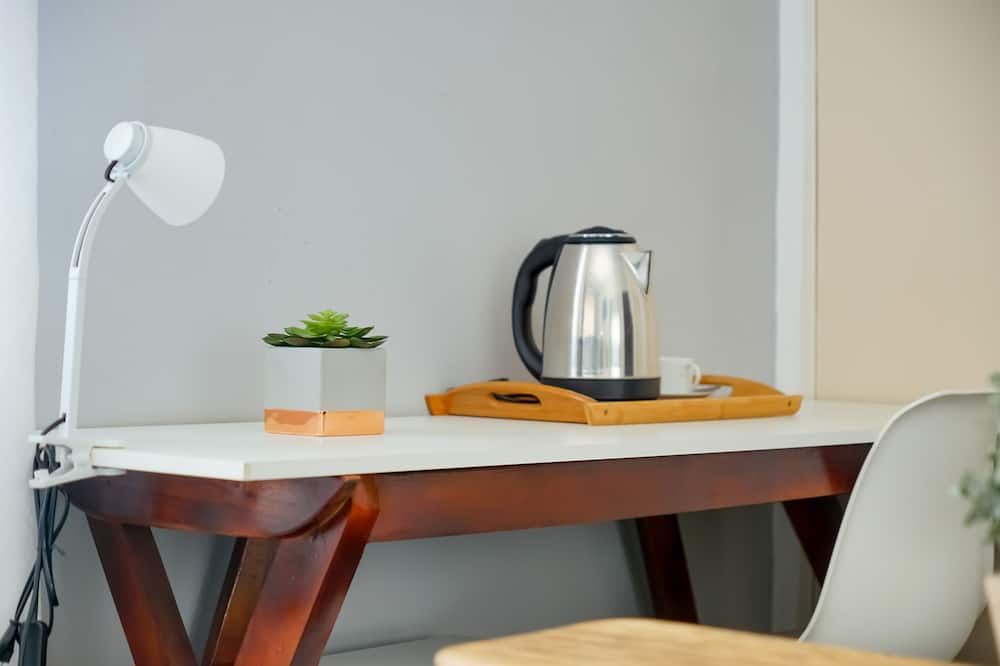 Classic Single Room - In-Room Dining