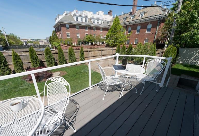 The Outlook Inn, Newport, Suite exclusiva, 2 habitaciones, 2 baños, con vista al jardín, Habitación