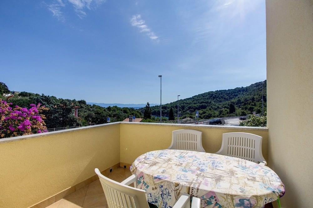 Apartment (2 Bedrooms) - Balkonas