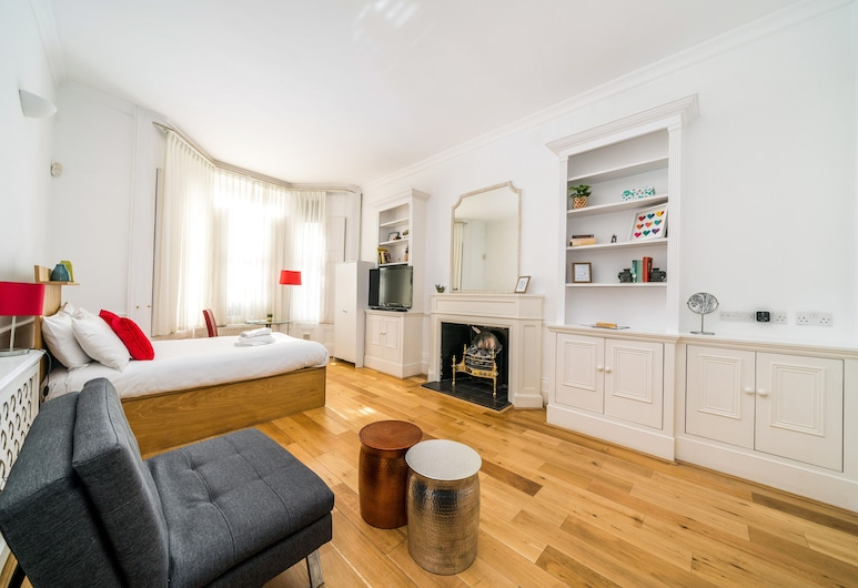 NEW 1 Bedroom Earls Court Flat Centre of London, London, Apartment (1 Bedroom), Wohnbereich