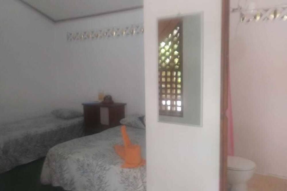 Familieværelse - flere senge - Badeværelse