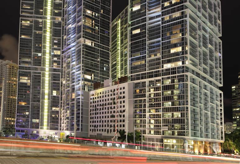 Icon Brickell Downtown W Miami Suites, Miami, Front of property - evening