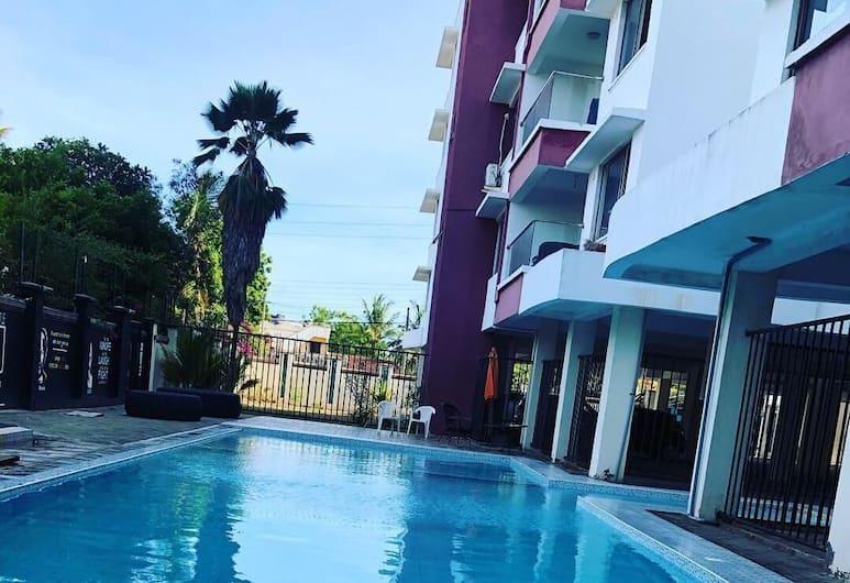 H20 Apartment, Mombasa, Välibassein