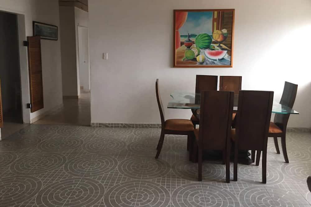 Enkeltværelse - 1 enkeltseng - Spisning på værelset