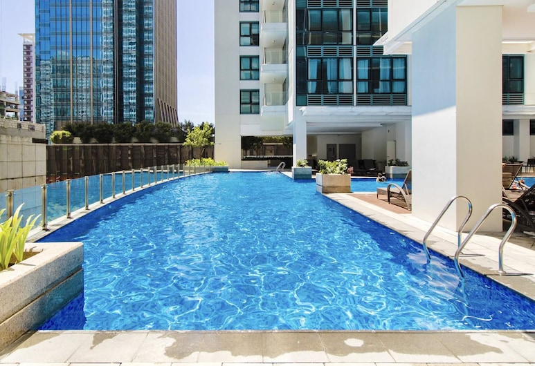 One Uptown Residences, Taguig, Basen
