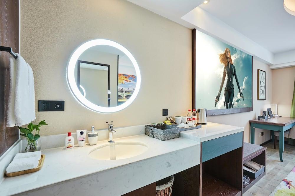 Exclusive Τρίκλινο Δωμάτιο - Μπάνιο