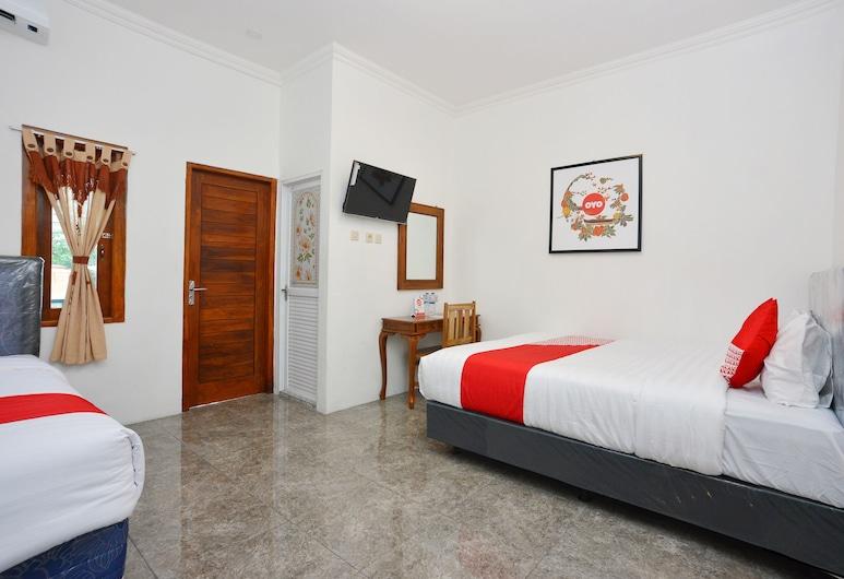 OYO 634 Elga Sastro Inn Syariah, Yogyakarta, Suite Supérieure, plusieurs lits, Chambre