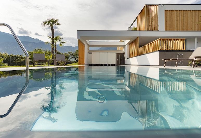 Alea Garda Lake Suite, Arco, Kolam Terbuka