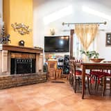 Deluxe Villa, Private Pool, Valley View - Living Area