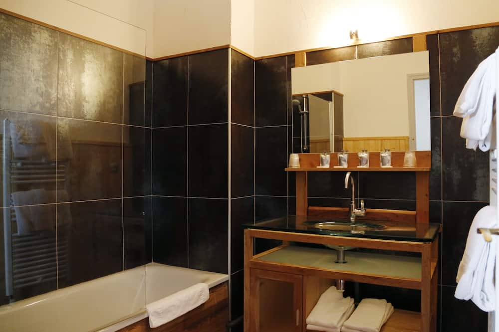 Superior Oda, 1 Çift Kişilik Yatak, Dağ Manzaralı - Banyo