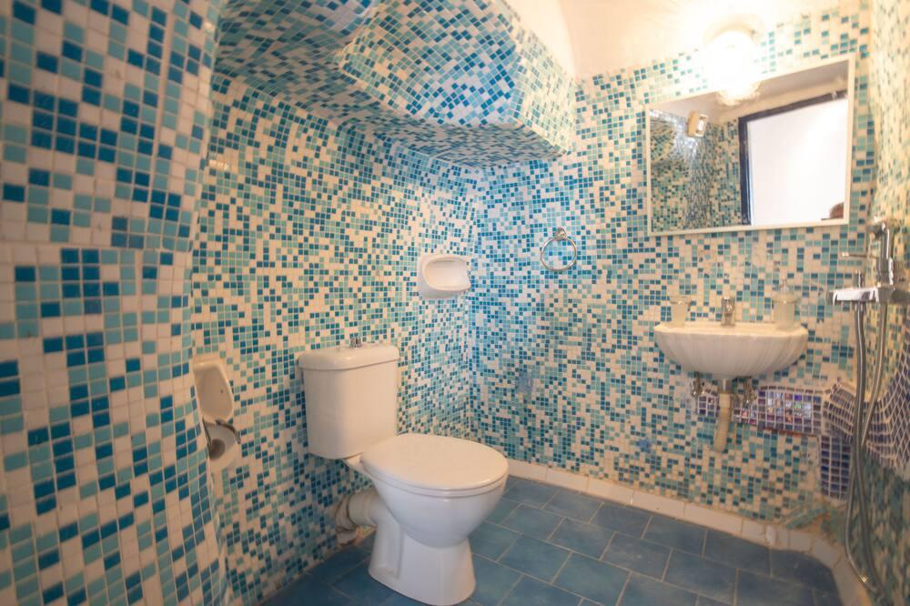 Apartman, Više kreveta - Kupaonica
