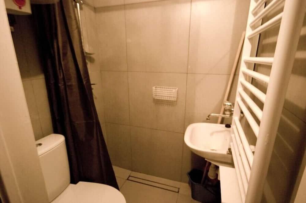 Room (37) - Bathroom