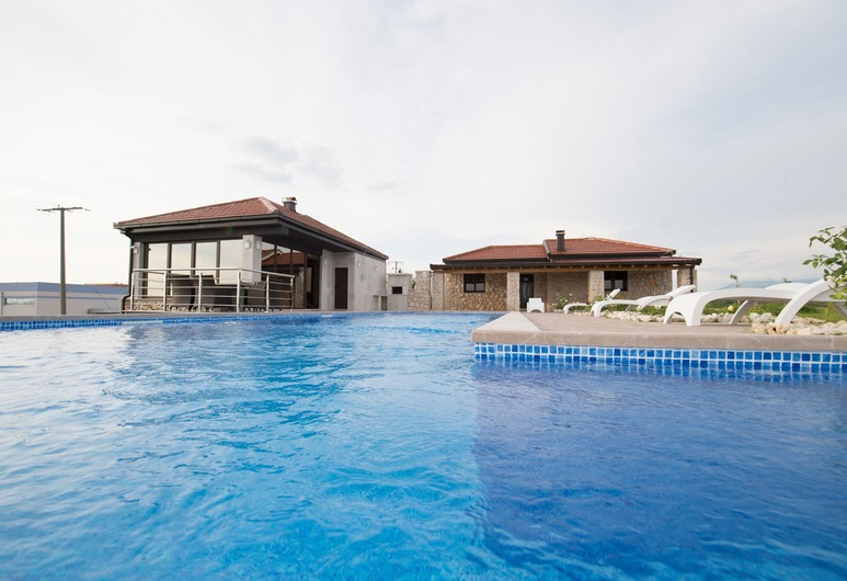Villa Ljuba Apartments, Citluk, Pool
