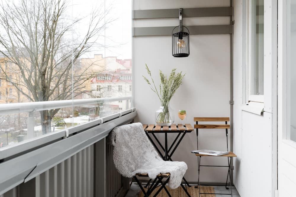 Design-huoneisto, Näköala puutarhaan - Näköala parvekkeelta