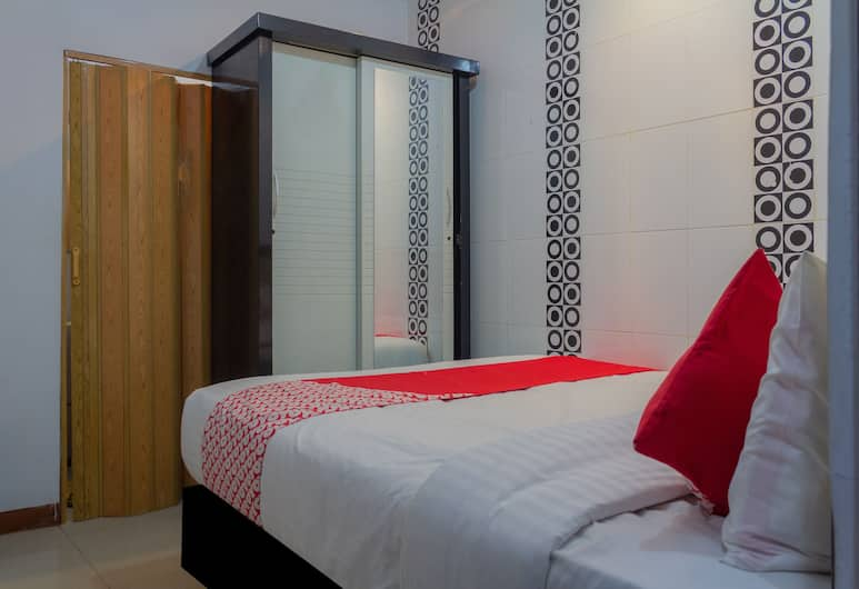 OYO 649 K68 Residence, Jakarta, Deluxe Double Room, 1 Double Bed, Guest Room