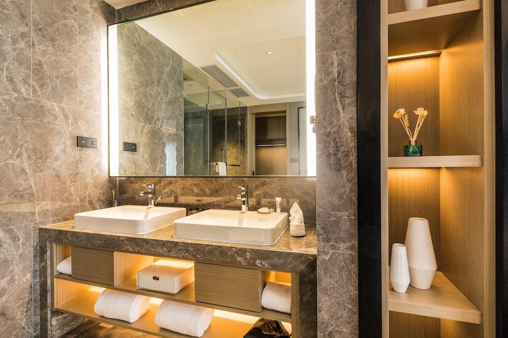 Suite Deluxe, 1 cama king-size - Casa de banho