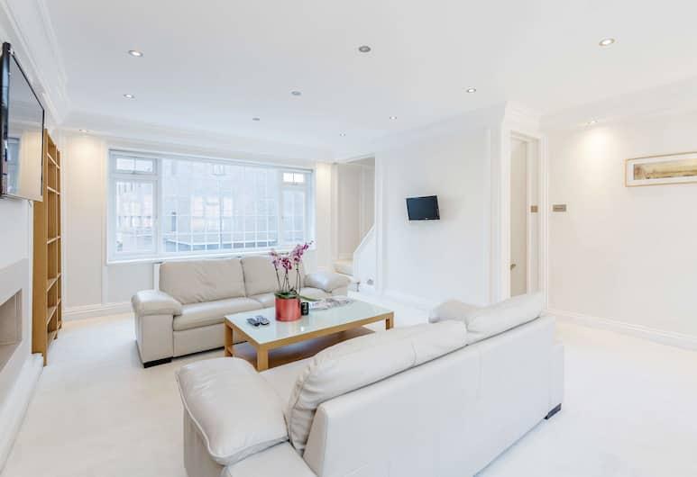 Beautiful House in Heart of Mayfair , London, Exclusive-Haus, 2Schlafzimmer, Terrasse, Stadtblick, Wohnbereich