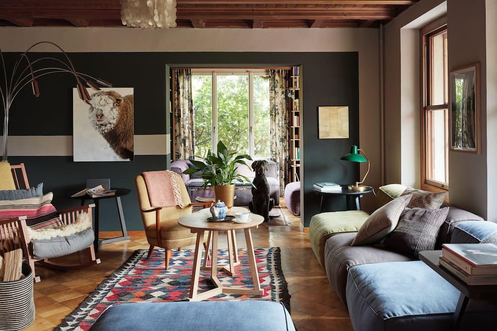 Dvojlôžková izba typu Superior, výhľad na záhradu (Nr. 8) - Obývacie priestory