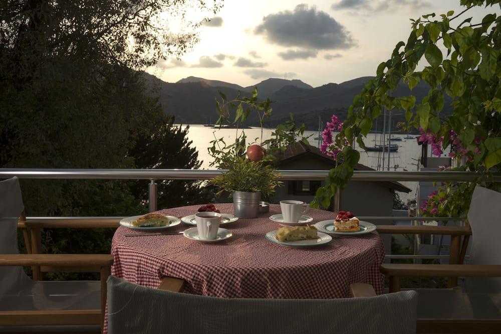 Exclusive Villa - Balcony