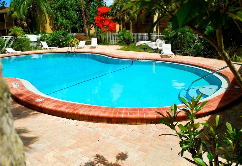 s! Great Value! Heated Pool!! Spring Special! Book Now!!! Close to Siesta Key!!!, סרסוטה, בריכה