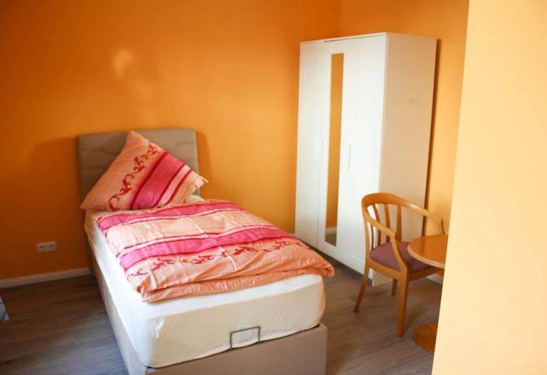 M&M Hotel - Wilhelmsburg, Hamburg, Basic Single Room, Guest Room