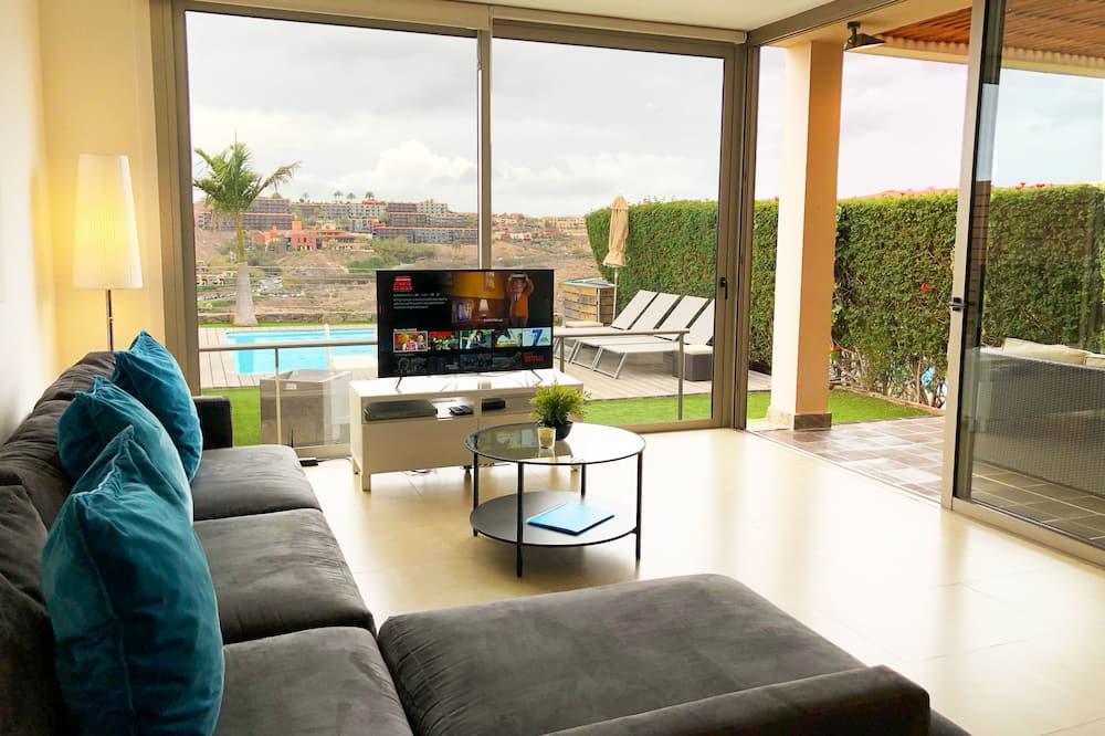 Deluxe Villa, 4 Bedrooms, Private Pool, Ocean View - Living Area
