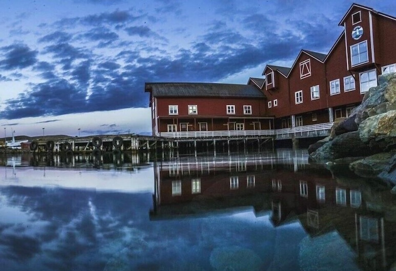Båtsfjord Brygge, Båtsfjord