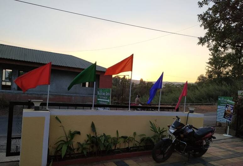 Nature Inn, Mahabaleshwar