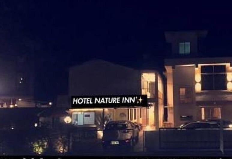 Nature Inn, Mahabaleshwar, Exterior