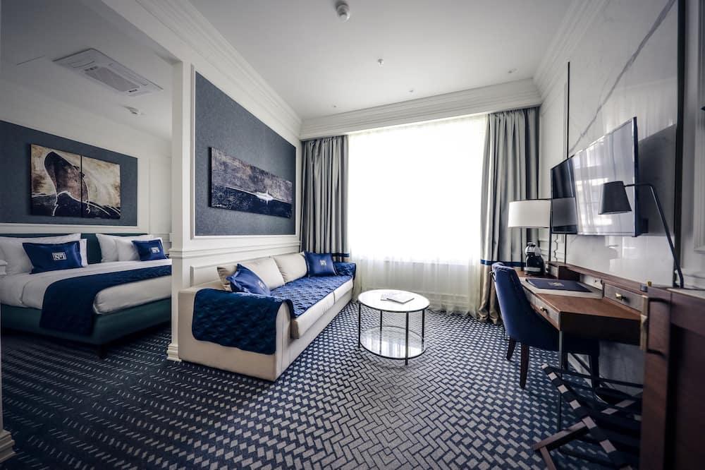 غرفة عائلية - سرير ملكي مع أريكة سرير - منظر للمدينة - غرفة نزلاء