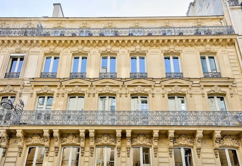 09 - Stylish Duplex Champs-Elysees, Paris, Front of property