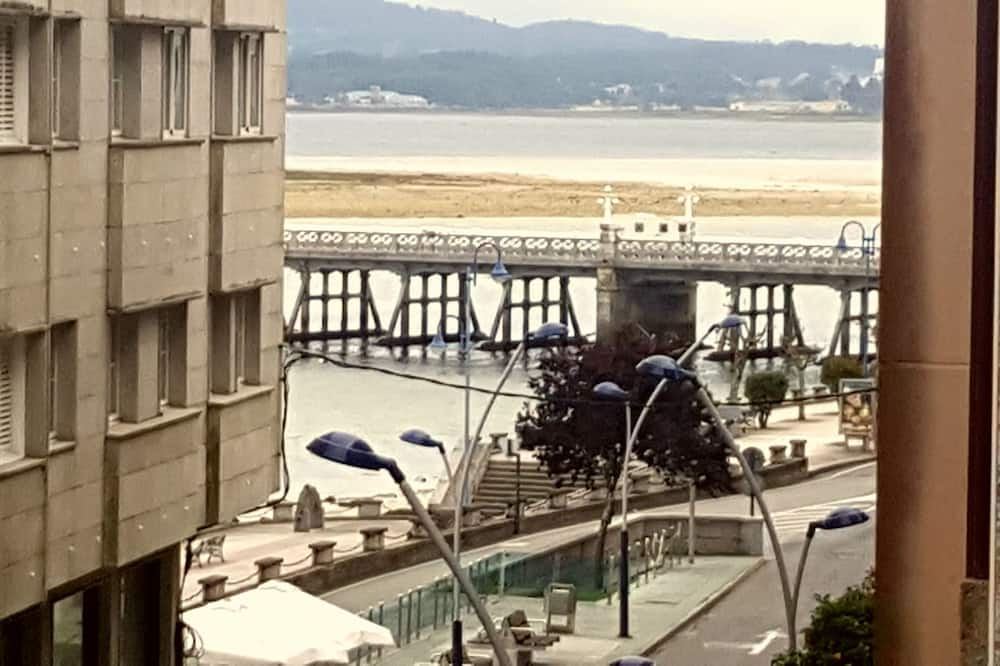 Apartament, 4 sypialnie, balkon, częściowy widok na morze - Zdjęcie opisywane